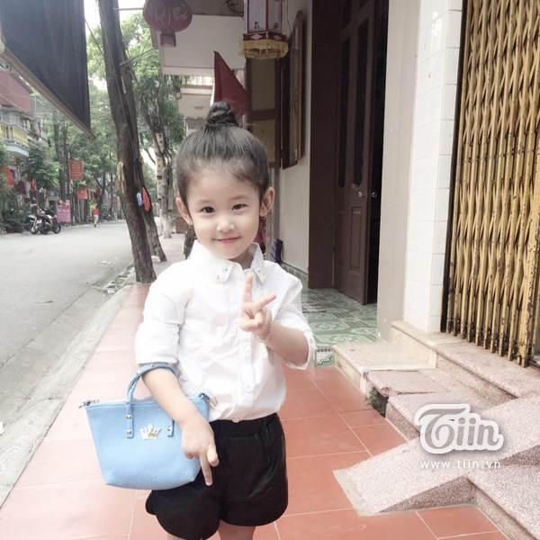 Hình ảnh đời thường đáng yêu của 'tiểu Lưu Diệc Phi' 4 tuổi - Ảnh 7