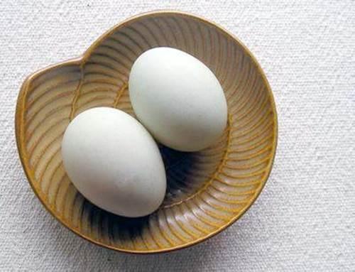 2 quả trứng vịt lộn – 3 cách ăn giúp bạn tăng 3 hay thậm chí là 5 kg sau 2 tuần - Ảnh 4