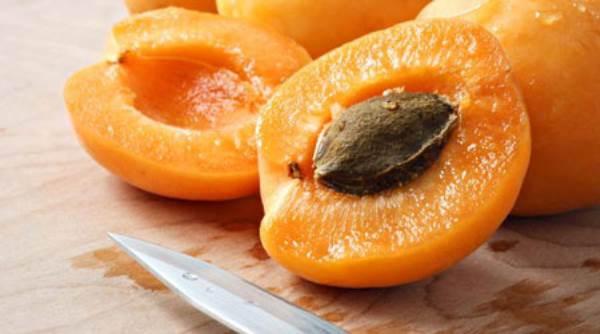 Những độc tố nguy hiểm tiềm ẩn trong các loại hoa quả quen thuộc - Ảnh 3