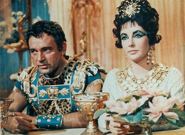 10 câu chuyện tình yêu nổi tiếng nhất trong lịch sử thế giới - Ảnh 3