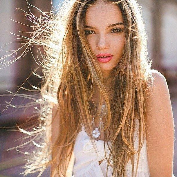 Những điều cần lưu ý khi gội đầu để tránh hỏng tóc - Ảnh 1