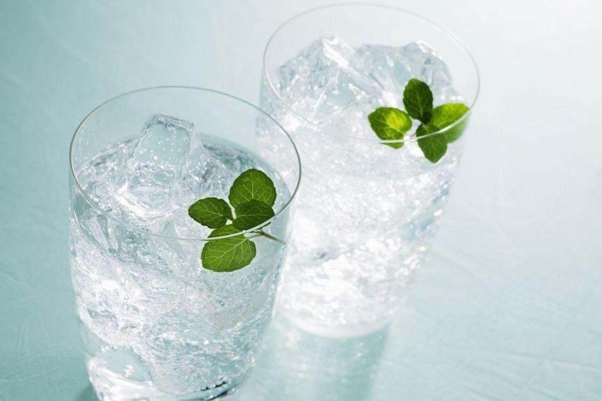 Tác hại của việc uống nước lạnh đối với cơ thể