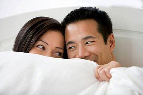 3 cách đơn giản khiến chàng hưng phấn hơn mỗi khi 'yêu' - Ảnh 1