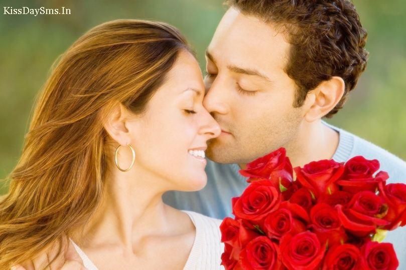 """9 """"bí kíp"""" để có được nụ hôn cuồng nhiệt - Ảnh 1"""