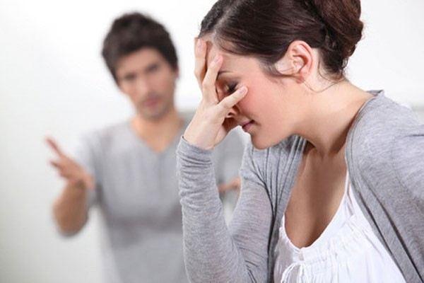 """Cám cảnh mất chồng vào tay người """"đẻ thuê"""" - Ảnh 2"""