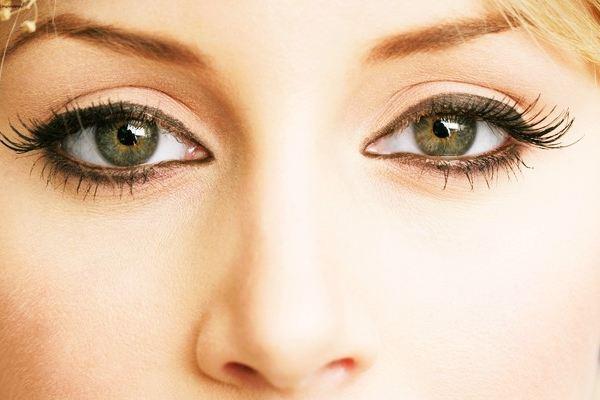 Mắt bạn cũng cần... tập thể dục