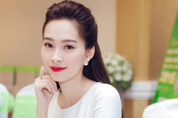 Đặng Thu Thảo: 'Sẽ lập gia đình trước 30 tuổi'