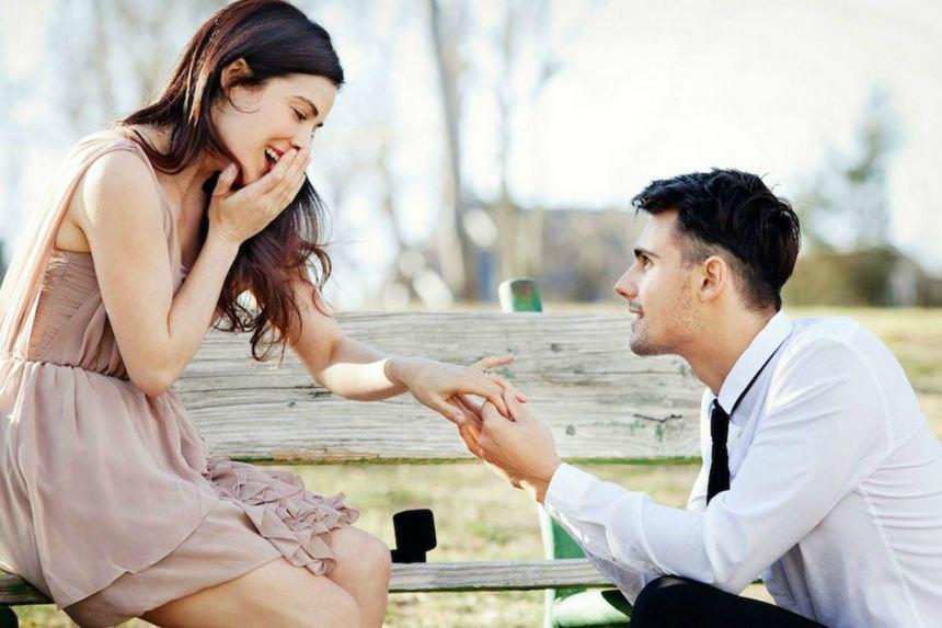 Phụ nữ muốn lấy chồng thành công, hầu hết đều khổ
