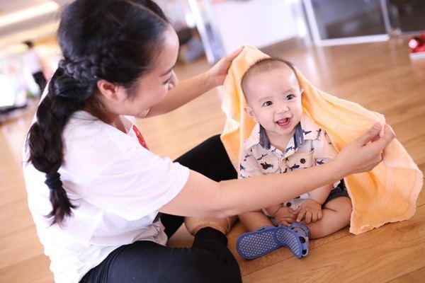 Con trai út đáng yêu của Ốc Thanh Vân