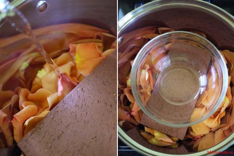 Cách làm nước hoa hồng tại nhà chỉ với vài nghìn đồng