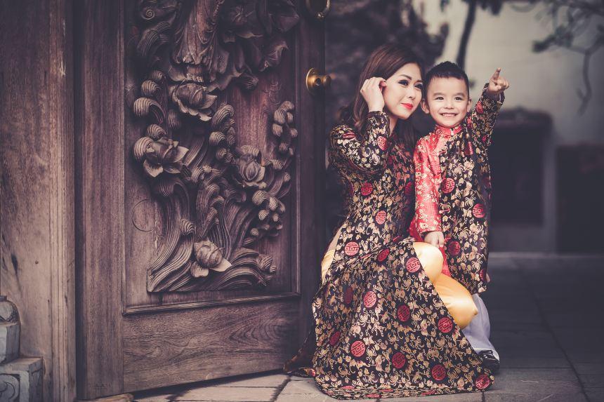 MC xinh đẹp Đài Hà Nội kể chuyện lấy chồng năm 19 tuổi - Ảnh 1