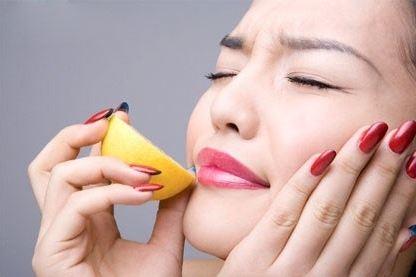 Bờ môi căng mọng chỉ với những bí quyết đơn giản