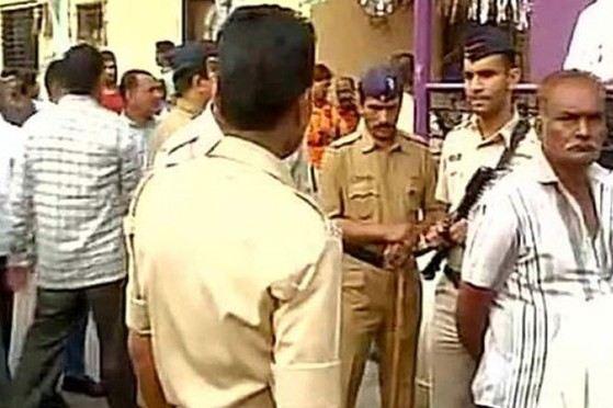 Ấn Độ: Thảm sát 14 người thân rồi tự sát