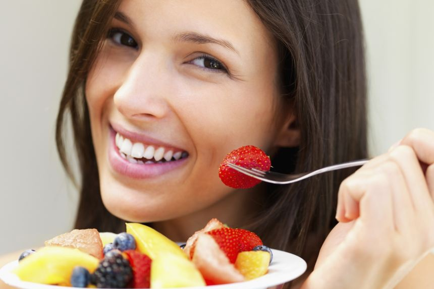 3 căn bệnh bạn dễ mắc phải nếu ăn trái cây sau bữa ăn