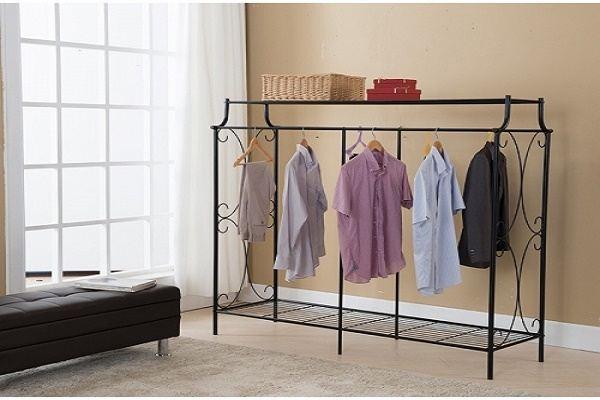 Hiểm nguy khôn lường từ thói quen phơi quần áo trong nhà