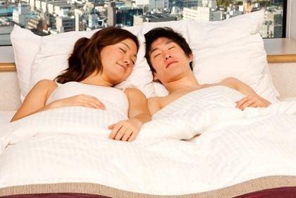 Cửa hàng 'ngủ cùng trai đẹp' ở Nhật Bản