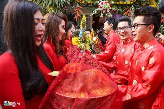 Trực tiếp: Lương Thế Thành - Thúy Diễm hôn nhau ngọt ngào trong ngày cưới - Ảnh 8