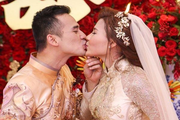 Trực tiếp: Lương Thế Thành - Thúy Diễm hôn nhau ngọt ngào trong ngày cưới - Ảnh 10