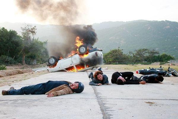 Lý Hải chơi ngông đốt xe làm phim 'Lật mặt 2'