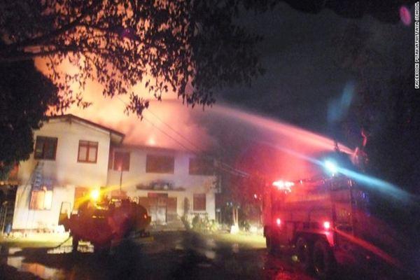 Cháy ký túc xá Thái Lan, ít nhất 17 nữ sinh thiệt mạng