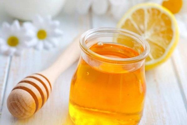 Top 3 cách trị tàn nhang bằng mật ong hiệu quả nhanh