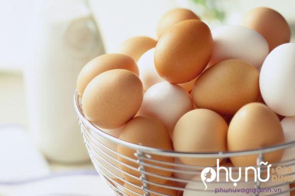 Những trường hợp cấm kỵ mẹ tuyệt đối không nên cho trẻ ăn trứng gà - Ảnh 1