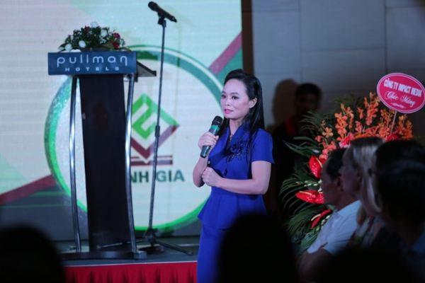 Huyền My sánh vai Phan Anh tại lễ ra mắt sản phẩm làm đẹp - Ảnh 4