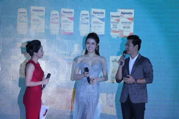 Huyền My sánh vai Phan Anh tại lễ ra mắt sản phẩm làm đẹp - Ảnh 5
