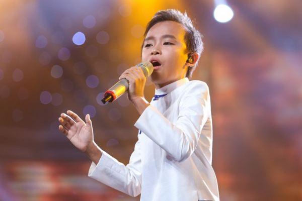 'Hồ Văn Cường không dễ dàng lên ngôi quán quân Idol Kids'