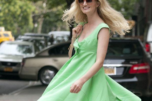 8 kiểu đầm hè phong cách, mát mẻ cho ngày nắng nóng