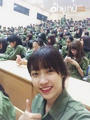 Sốc nặng với gu thời trang 'rách rưới te tua' không thể 'trẻ trâu' hơn của tân Hoa hậu Việt Nam - Ảnh 3