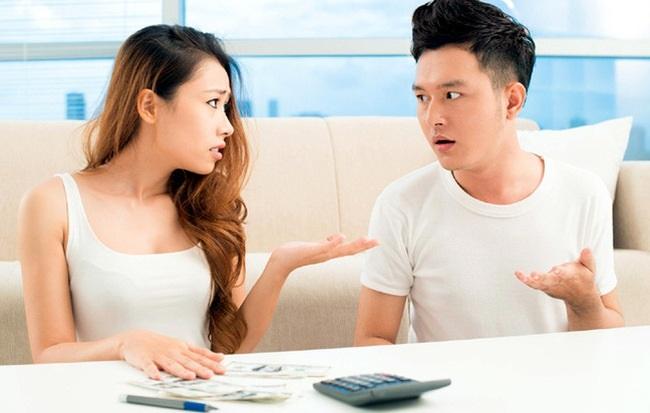 Điểm danh 4 anh chàng Hoàng đạo sẽ không giao hết tiền lương cho vợ - Ảnh 1