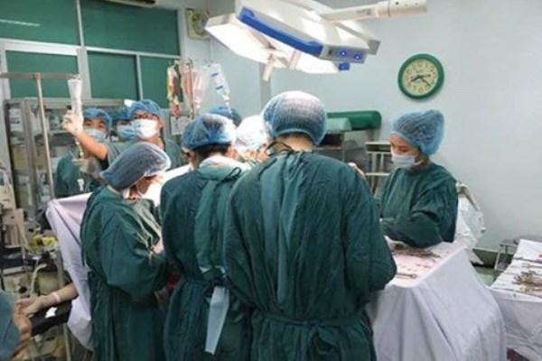 4 bệnh viện phối hợp cứu sống sản phụ vỡ tử cung nguy kịch