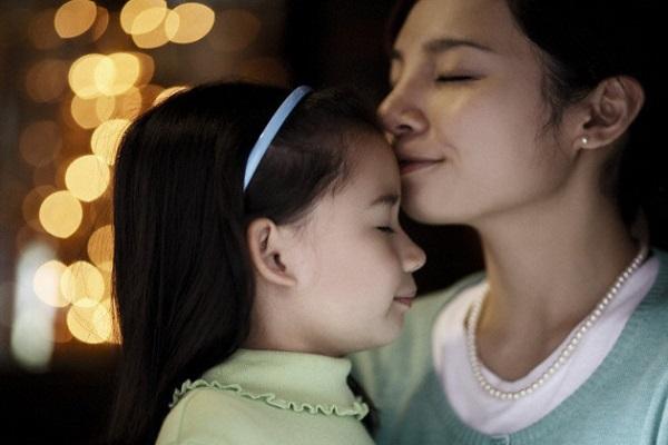 9 điều thủ thỉ tâm sự mà mọi bà mẹ có con gái đều phải biết