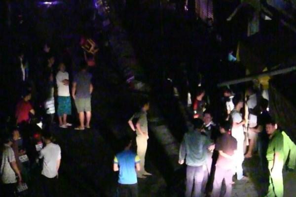 Camera ghi hình côn đồ đâm chết bé trai ở Sài Gòn