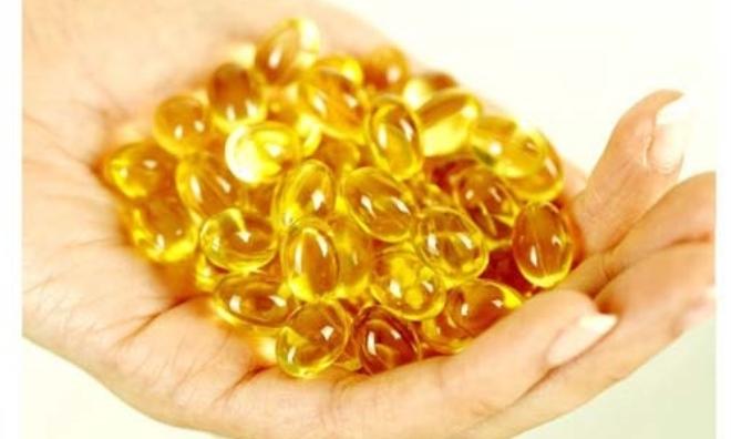 Dùng vitamin E trắng da tại nhà cực kỳ đơn giản