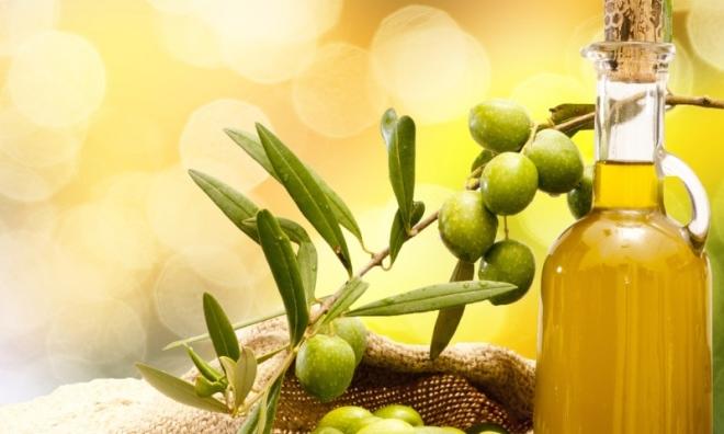 Các cách làm đẹp với dầu oliu tạo vẻ đẹp lung linh ngắm mãi không chán cho các nàng