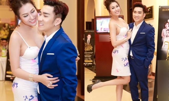 Phi Thanh Vân ăn mặc trễ nải, khoe vòng 1 'khủng' bên cạnh ca sĩ Quang Hà