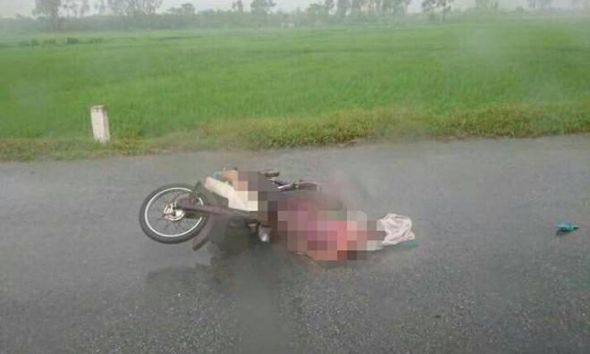 Cảnh báo: Mắc những sai lầm này, người đi đường rất dễ bị sét đánh nguy hiểm đến tính mạng