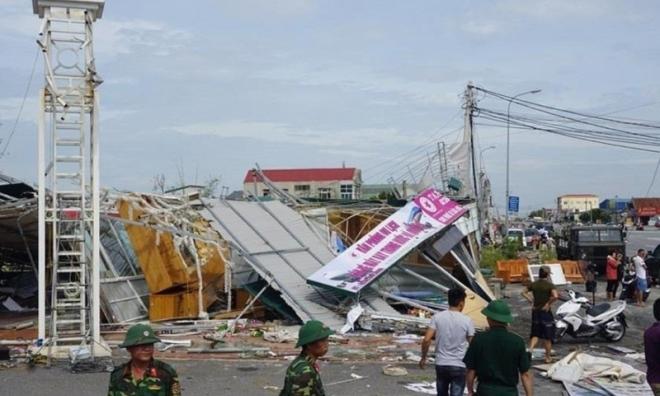 Bão số 10 cướp đi sinh mạng 9 người, tàn phá hàng trăm nghìn ngôi nhà