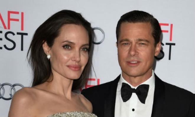 Tiết lộ nguyên nhân gây sốc khiến Angelina Jolie trì hoãn ly hôn với Brad Pitt