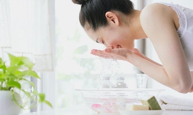Bỏ túi 4 cách rửa mặt làm trắng da đơn giản giúp bạn có làn da tươi sáng rạng ngời
