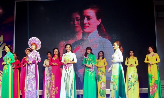 Nữ doanh nhân Nguyễn Thị Thu Thủy – Từ 'chị Dậu' thành 'siêu nhân'