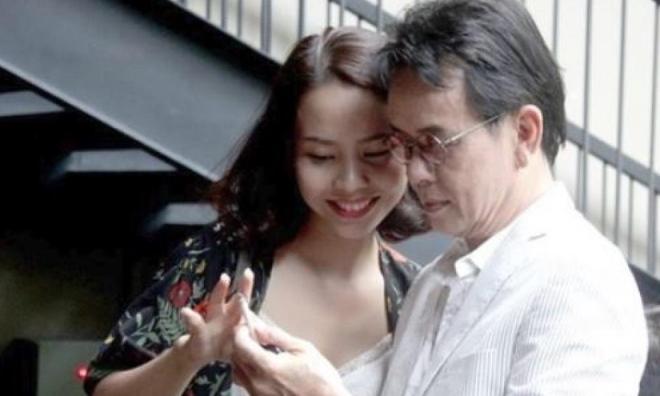 Hé lộ cuộc sống hôn nhân của nhạc sĩ Đức Huy và vợ 9x kém 44 tuổi