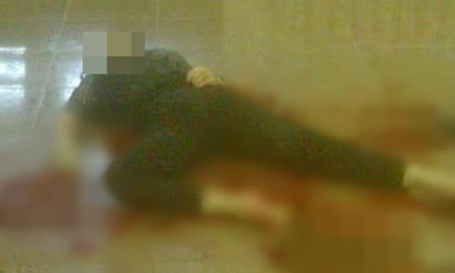 Phú Thọ: Thấy vợ đi làm thủ tục ly hôn, chồng dùng hung khí đâm vợ tử vong tại tòa án