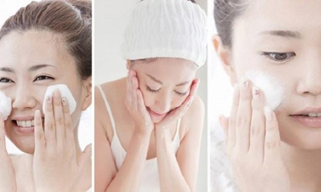Tiết lộ các bước chăm sóc da nhờn và mụn đảm bảo da đẹp từ trong ra ngoài