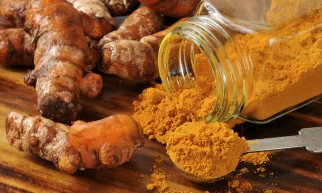 3 cách trị rạn da sau sinh chỉ bằng nghệ, chanh và dầu dừa nguyên chất