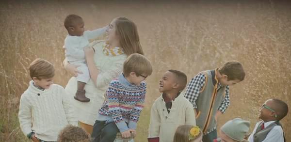 Câu chuyện cảm động về 4 anh em được nhận nuôi trong 2 gia đình hàng xóm khiến bạn có thêm niềm tin vào cuộc đời - Ảnh 5