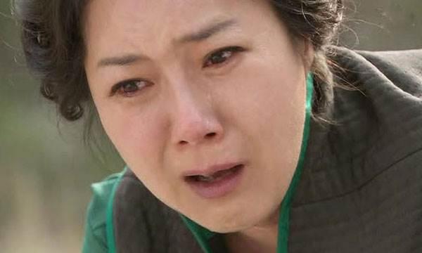 Mẹ vợ gào khóc bên xác con gái bị tai nạn, con rể đã làm một việc vô nhân tính để rồi nhận cái kết thảm khốc - Ảnh 2