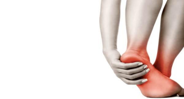 8 nguyên nhân gây bỏng rát bàn chân - Ảnh 1